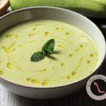 soupe veloutée aux courgettes thym et cumin
