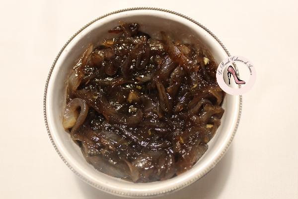 oignons caramélisés au thym