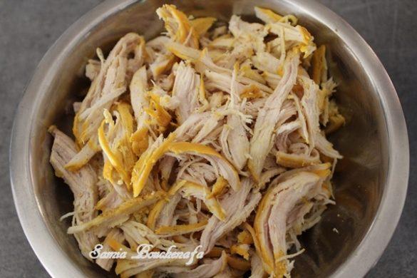 La Pastilla au poulet amandes et fleur d'oranger