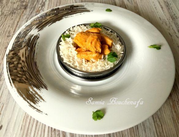 Curry de poulet à la coriandre et au riz
