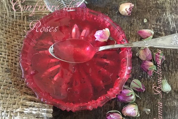 Confiture aux pétales de roses