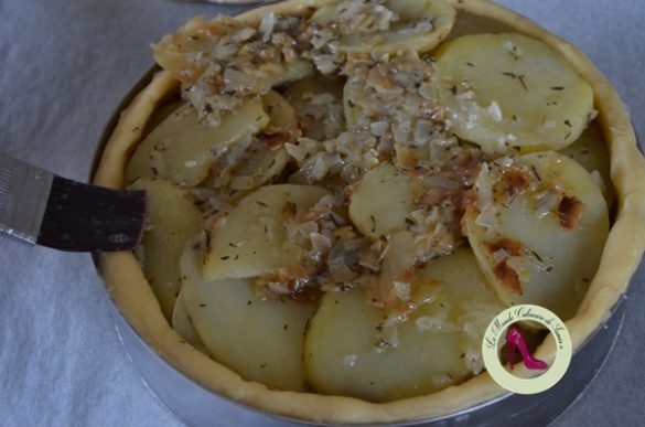 Tourte aux pommes de terre moelleuses et thym