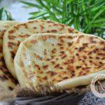 cheese naan indien à la poêle