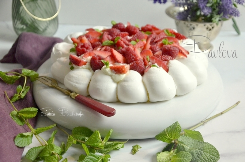 pavlova aux fruits rouges de la meringaie